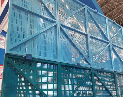 外架钢板网之爬架网安装方式